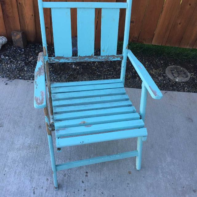 Reduced-Vintage Foldable Wooden Beach Chair-$11