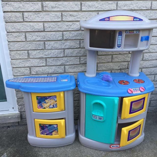 Fisher-Price Kitchen & Laundry Pretend Playset