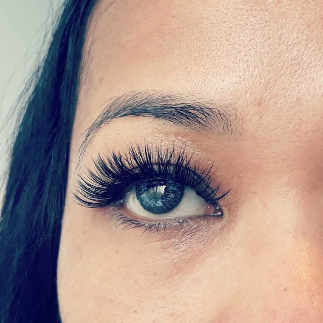 Best Eyelash Extensions For Sale In Scarborough Ontario For 2018