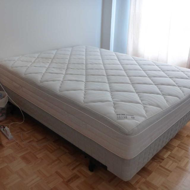 Find More Queen Size Memory Foam Top Mattress Box Spring Matelas
