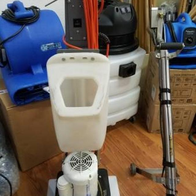 Carpet Cleaning And Floor Sanding Machine Business Equipment In New