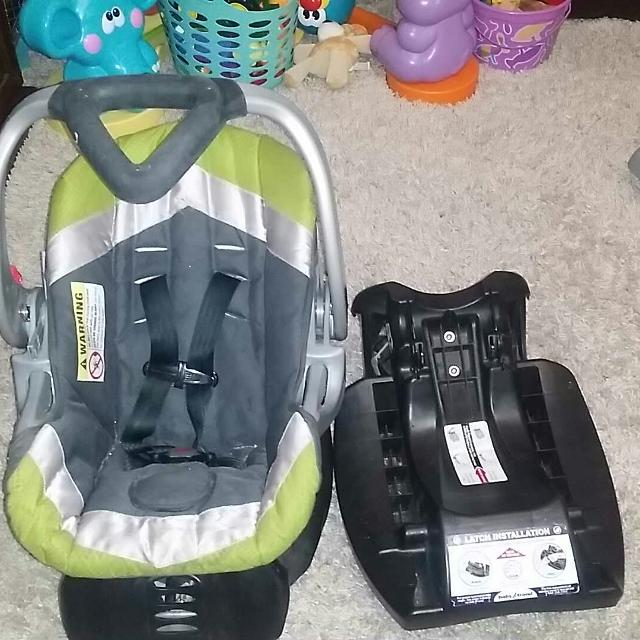 Best Baby Trend Car Seat With Two Bases For Sale In Amarillo Texas