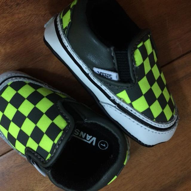 0f091380458 Find more Vans Crib Shoe For Newborn for sale at up to 90% off