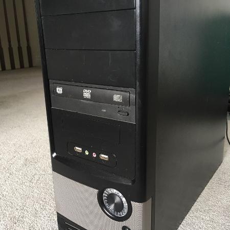 DESKTOP COMPUTER   QUAD CORE 2.41GHz... for sale  Canada