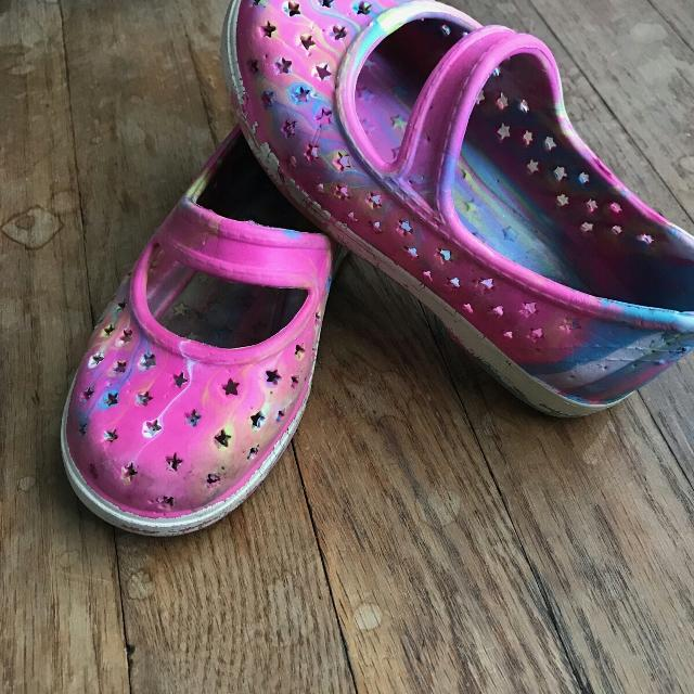 63584ef23095 Find More Girls Rubber Shoes Like Crocs For At Up To 90 Off