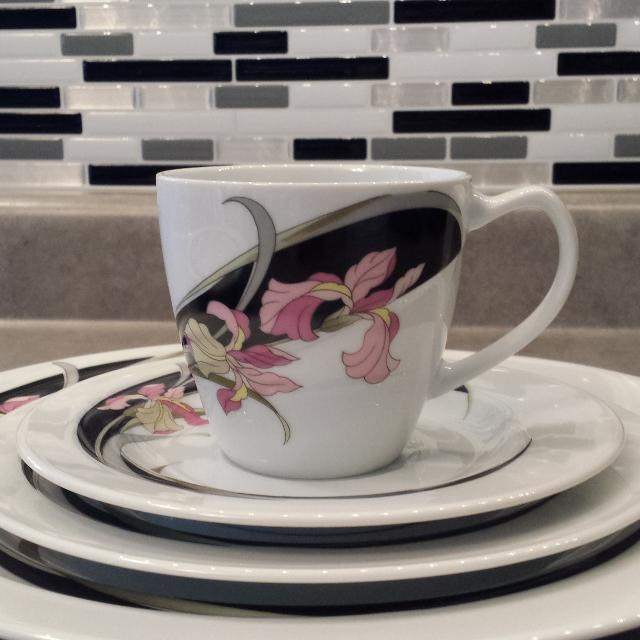 Find more Gallery Collections By Ranmaru Dish Set for sale at up to ...