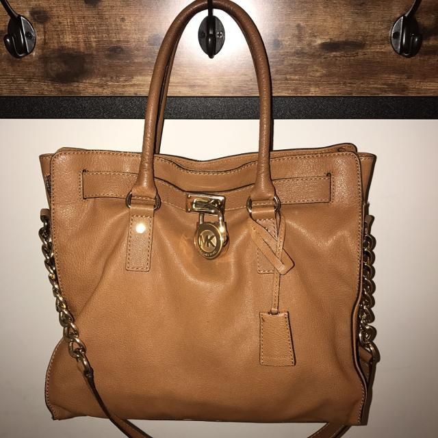 8ea22fa55a1e Best Michael Kors Large Leather Hamilton Tote Light Brown camel for sale in  Huntersville