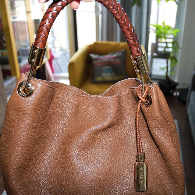 52e5aef8320f Best Michael Kors Skorpios Limited Edition Leather Designer Bag for sale in  Yorkville