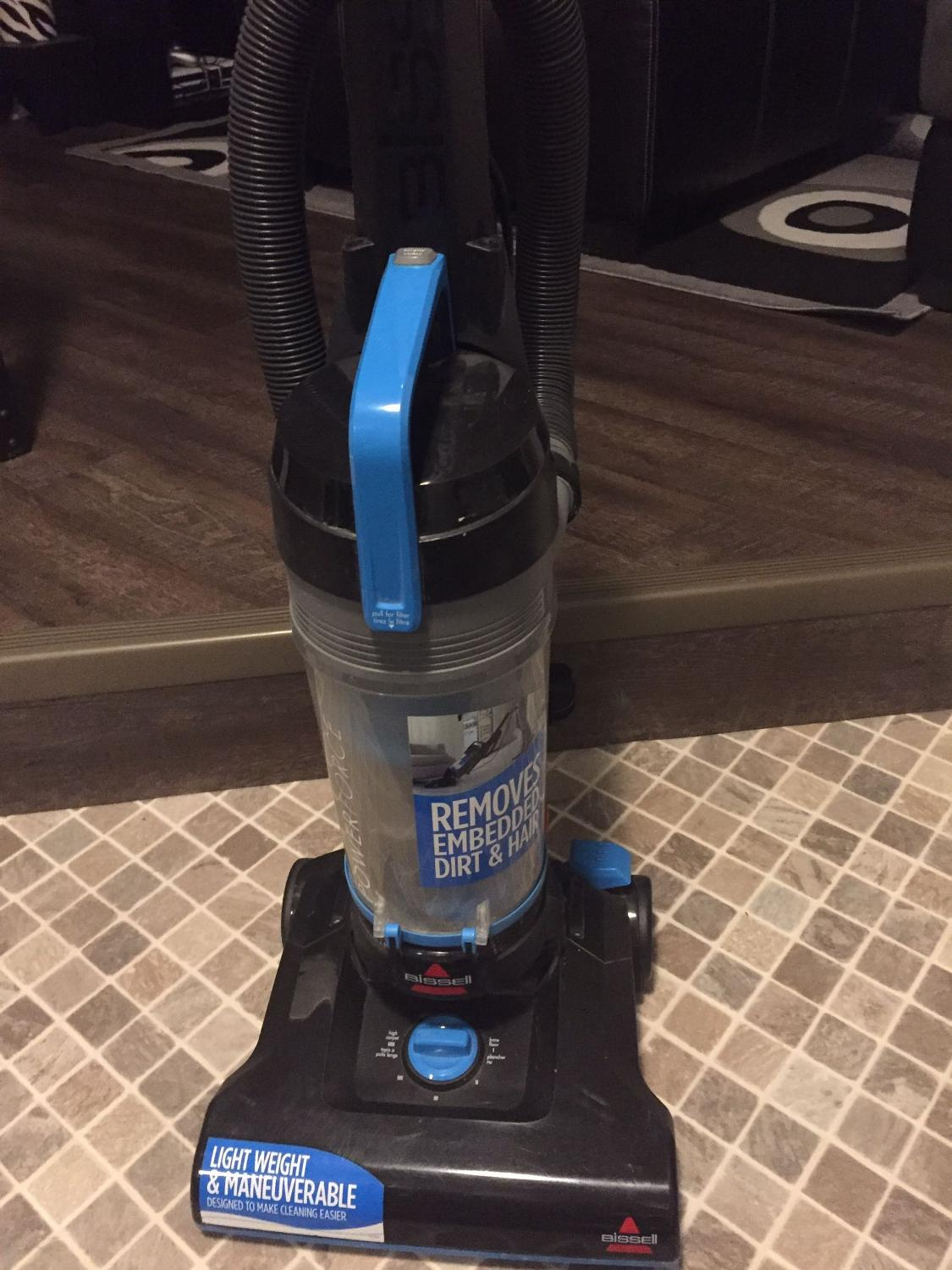 BISSEL POWERFORCE BAGLESS CANISTER VACUUM**Pls Read**New price
