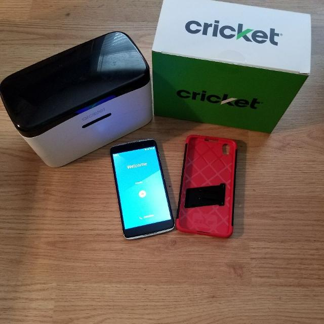 Cricket Wireless Alcatel Idol 4 with Virtual Reality