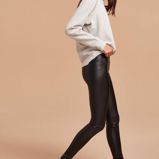 04c5ea1113a368 Find more Aritzia Wilfred Free Daria Pant for sale at up to 90% off