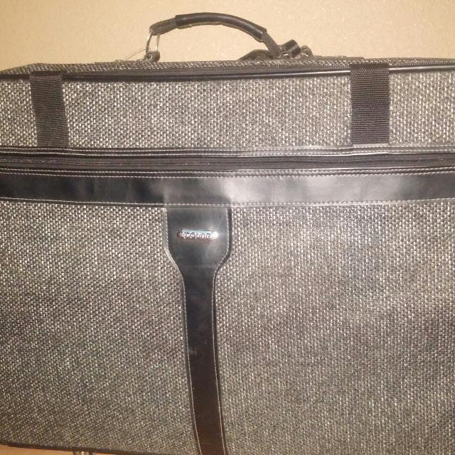 Find more Jaguar Tweed 4 Piece Luggage Set. Good Condition! for sale ... a78a225be