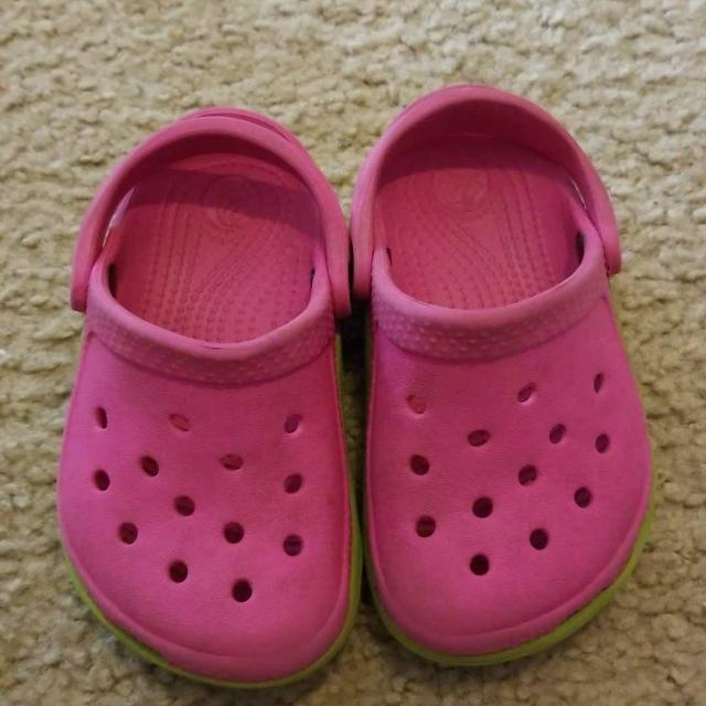 3093e48508f911 Find more Pink Crocs Size 6 7 for sale at up to 90% off - New ...