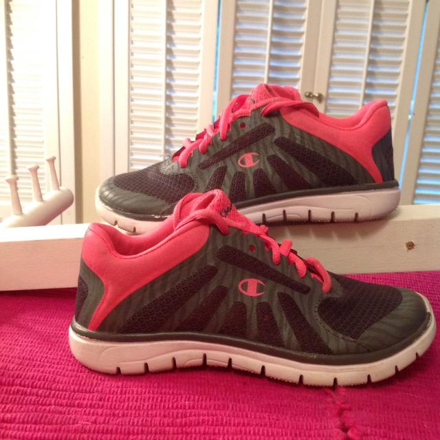 28f2293164d Find more Only  3now  3.50! Sz13.5 Girls Champion Tennis Shoes Like ...