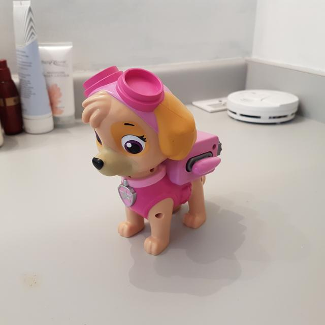 Skye paw patrol toy  Wings expand with press of button