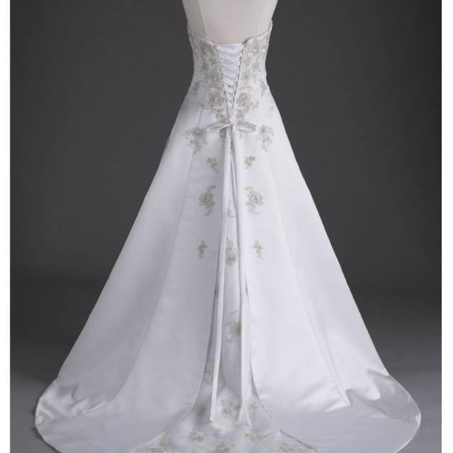 Best David\'s Bridal Wedding Dress & Garment Bag for sale in Durant ...
