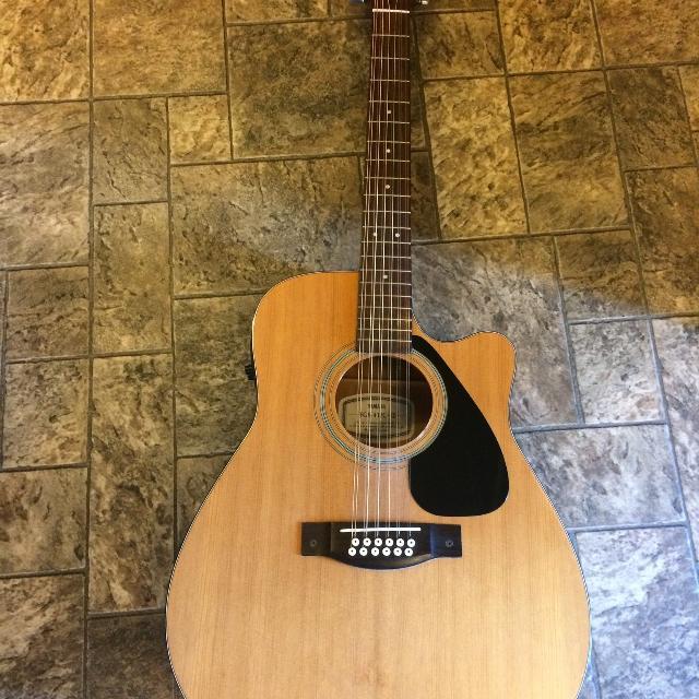 best yamaha 12 string guitar with pickup for sale in baden ontario for 2019. Black Bedroom Furniture Sets. Home Design Ideas