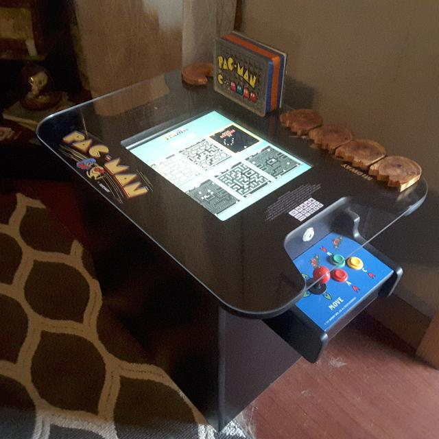 Tail Table Arcade Machine With 55 Clic