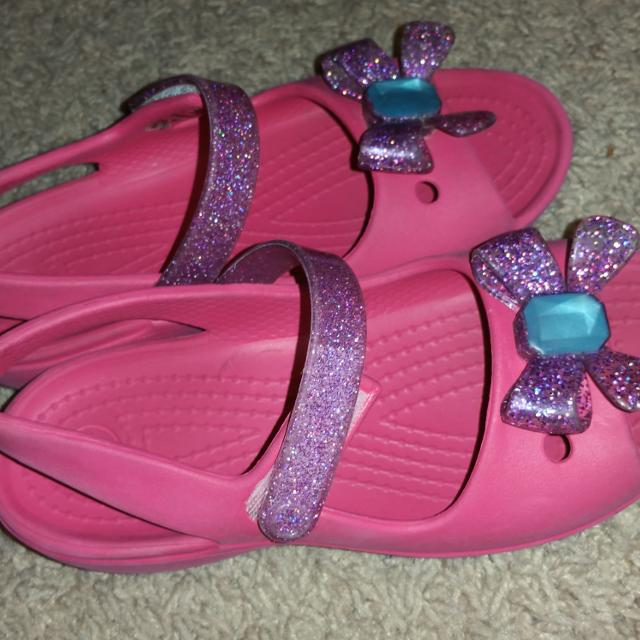 ff4e9112a Find more Girls Hot Pink Crocs Dressy Shoes 11 for sale at up to 90% off