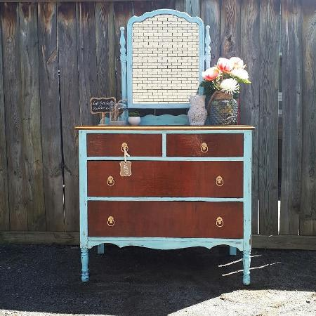 Beautiful farmhouse vanity dresser for sale  Canada