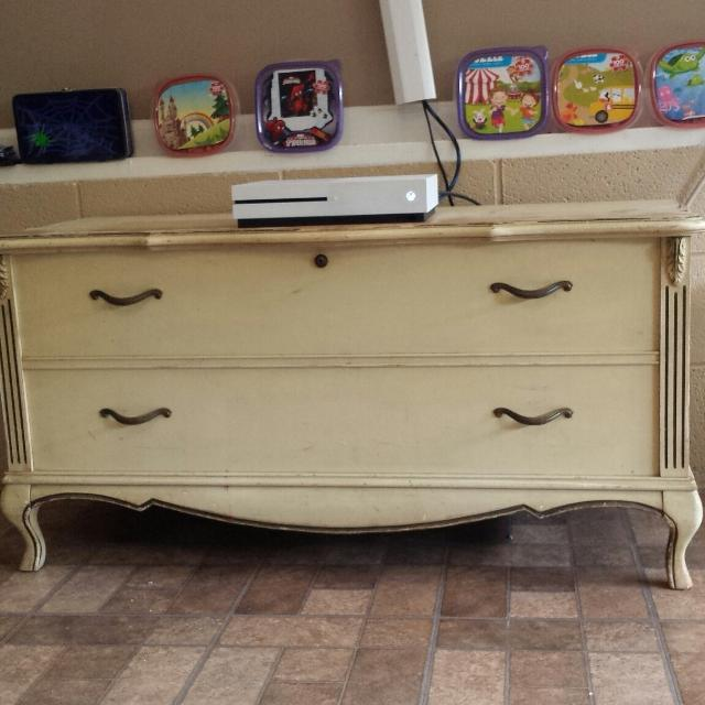 Find more 1970s French Provincial Lane Cedar Chest for sale at up to ...