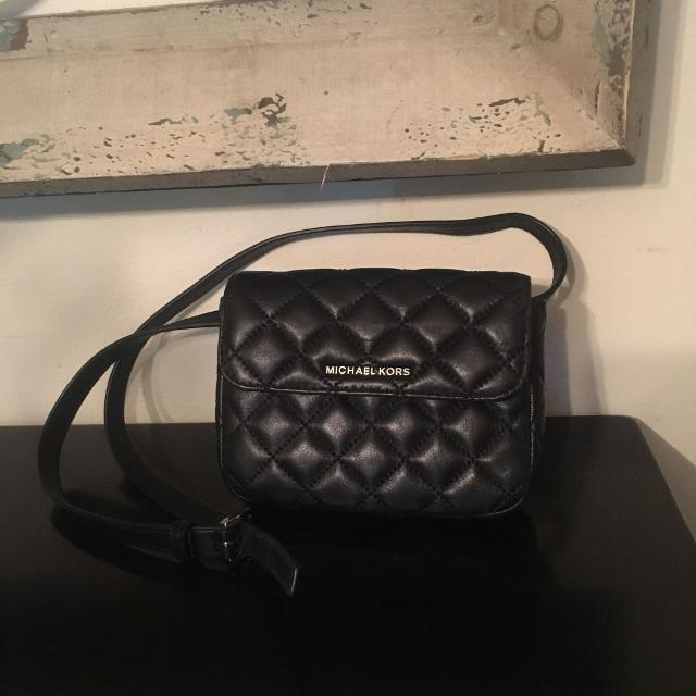 fde11ca170bf Find more Michael Kors Fanny Pack Belt for sale at up to 90% off