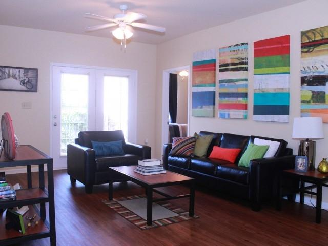 best beautiful 4 bedroom vie hattiesburg for sale in hattiesburg mississippi for 2019. Black Bedroom Furniture Sets. Home Design Ideas