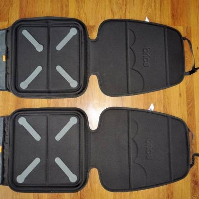 Brica Car Seat Guardian Plus In Grey Black 15 Each Or Both For 25