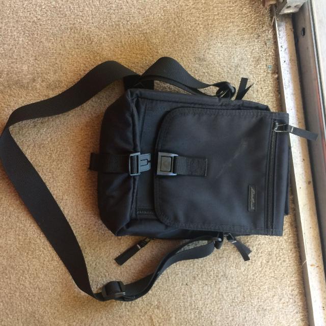 Ed Bauer Sling Travel Bag