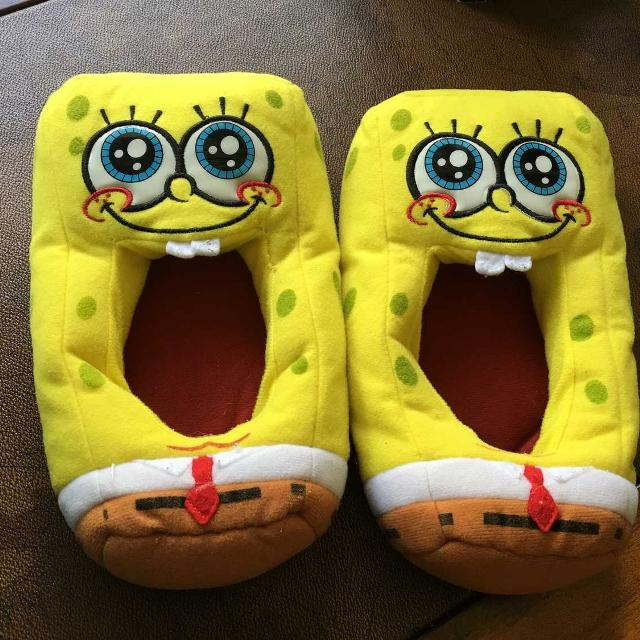 33e168c57de Find more Spongebob Squarepants Kids Slippers Size M(13-1) for sale ...
