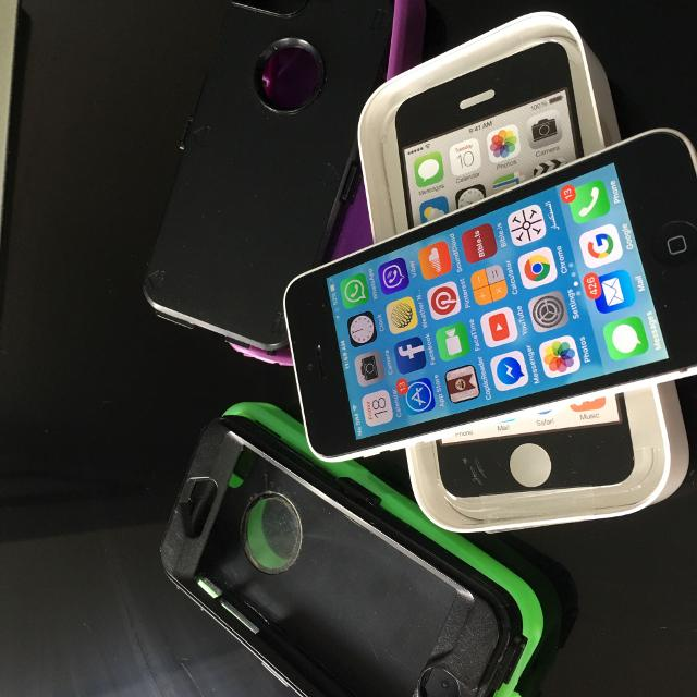 iPhone 5c unlock works with any company!