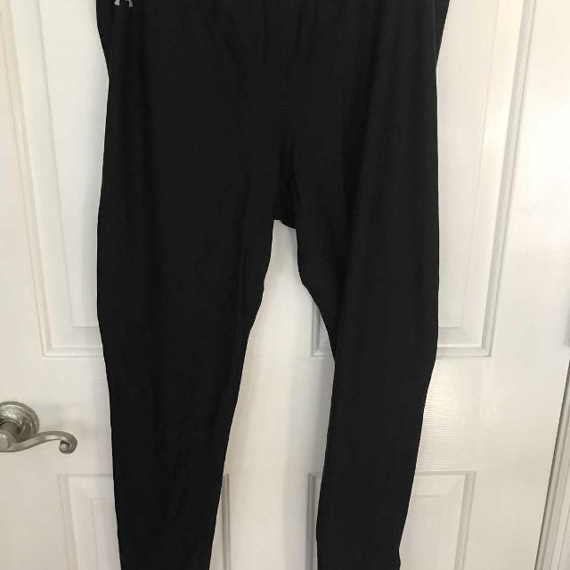 34012c7f2c3dbb Best Women's Under Armour Authentic Cold Gear Fitted Tights Vsup401 In Size  Xl for sale in Spring Hill, Tennessee for 2019