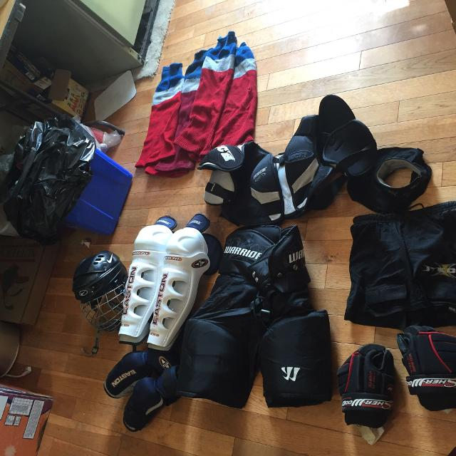 Best Hockey Equipment Worn But Lots Of Life Left Adult Size For