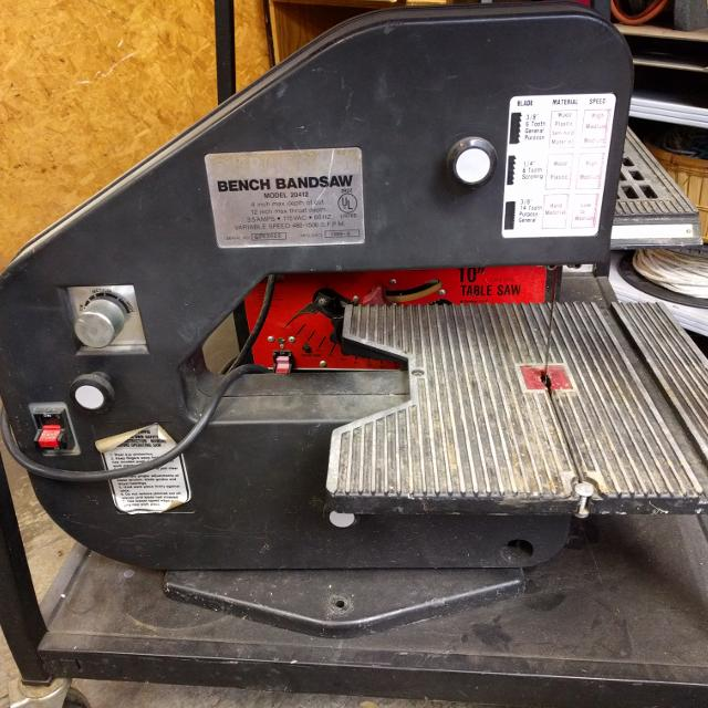Duracraft Bench Bandsaw Model 20412 Variable Speed