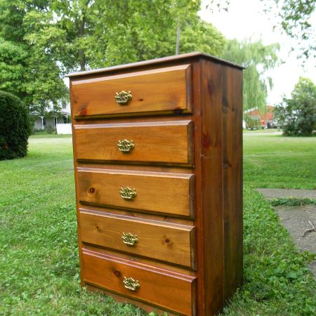 best new and used furniture near geneseo il. Black Bedroom Furniture Sets. Home Design Ideas