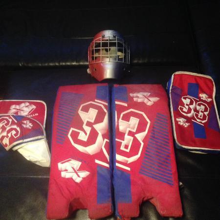 Street Hockey Goalie Equipment Used For Sale On Craigslist Kijiji
