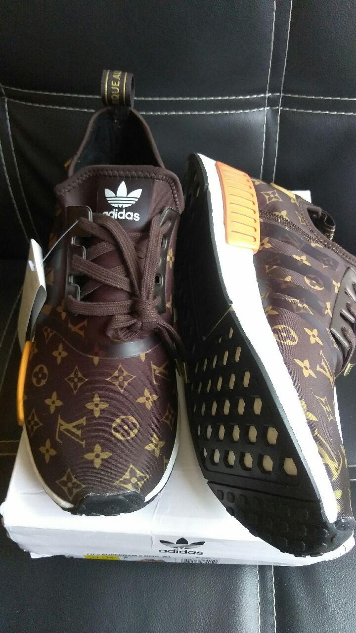 fec3fe0bef988 Find more Adidas Nmd R1 X Supreme Louis Vuitton Size 11 45 for sale ...