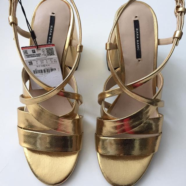 ded903204 Find more Nwt Zara Gold Strappy Block Heel Sandals for sale at up to ...