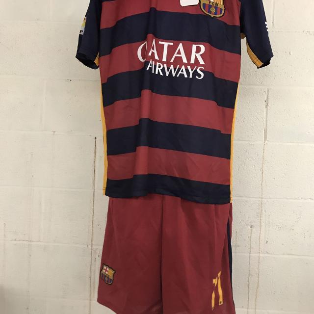 half off b836a 55ce7 Neymar Jr Barcelona soccer kit
