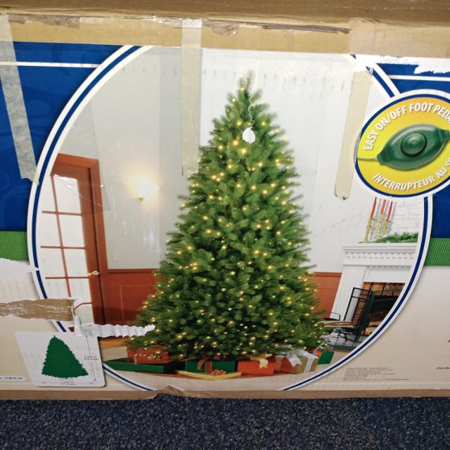 7.5 ft pre-lit bayberry spruce christmas tree - Find More 7.5 Ft Pre-lit Bayberry Spruce Christmas Tree For Sale At