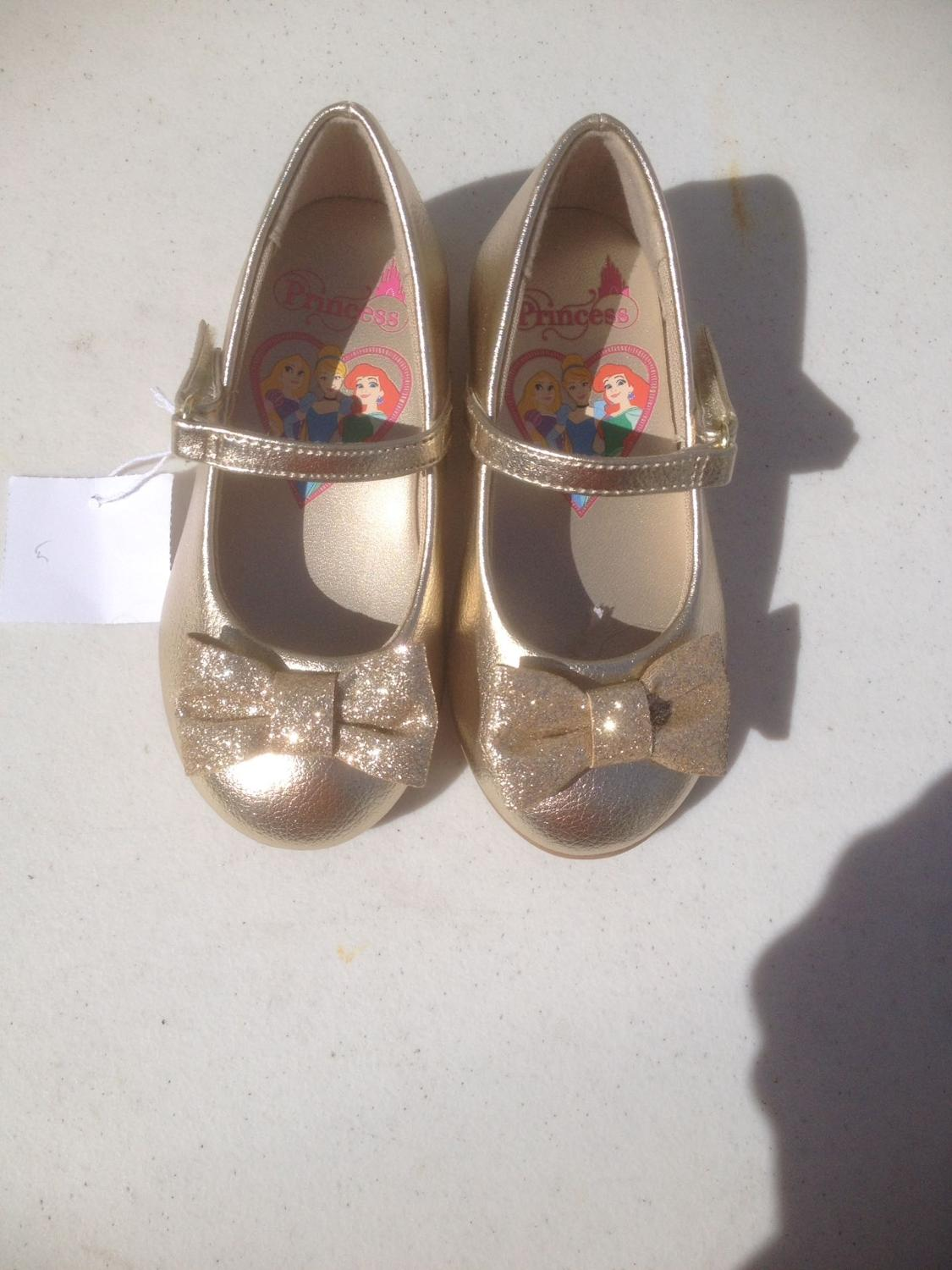 2ac01a421c1a Best Nwt Disney Princess Shoes Size 51 2  12.50 for sale in Erie ...
