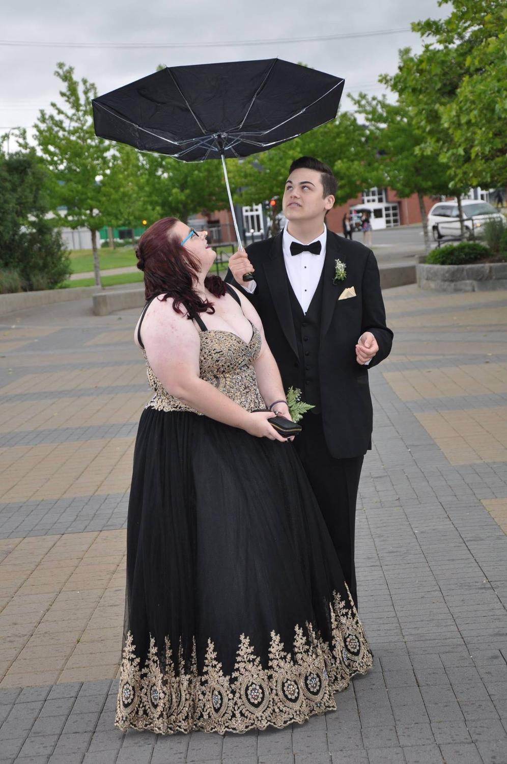 Black and gold plus size prom dress