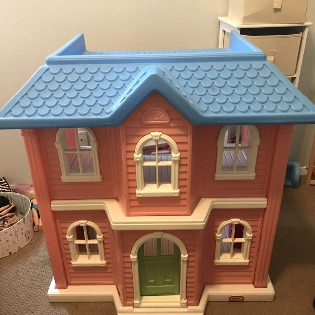 Best Little Tikes My Size Barbie Doll House (vintage 1989