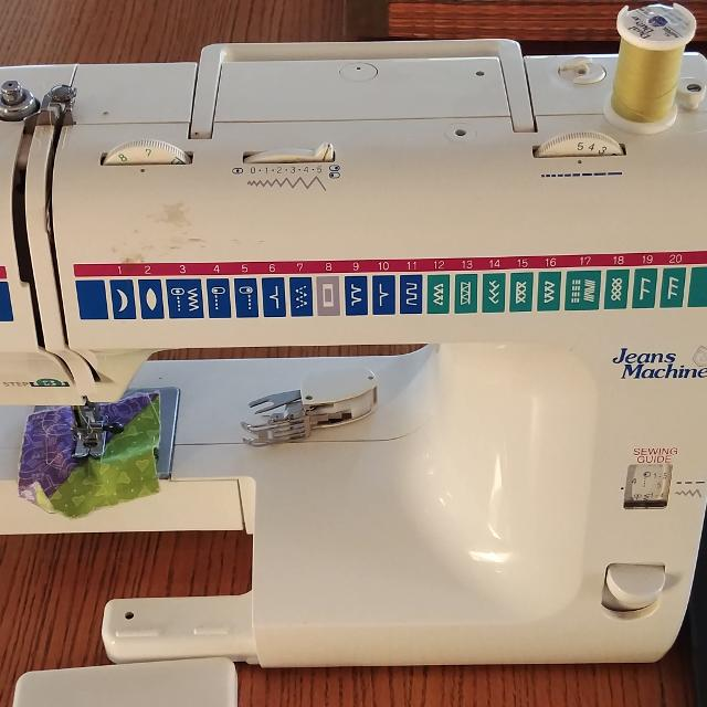 Find More White Jeans Sewing Machine Model 40 For Sale At Up To 40 Extraordinary Jeans Machine White Sewing Machine
