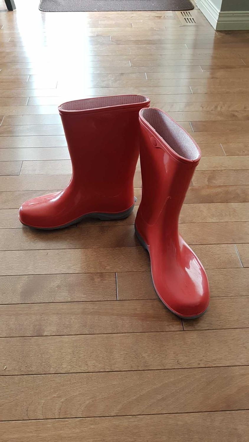 Find more New! Sloggers Rain Boots/ Garden Boots Sz 8 for sale at up ...