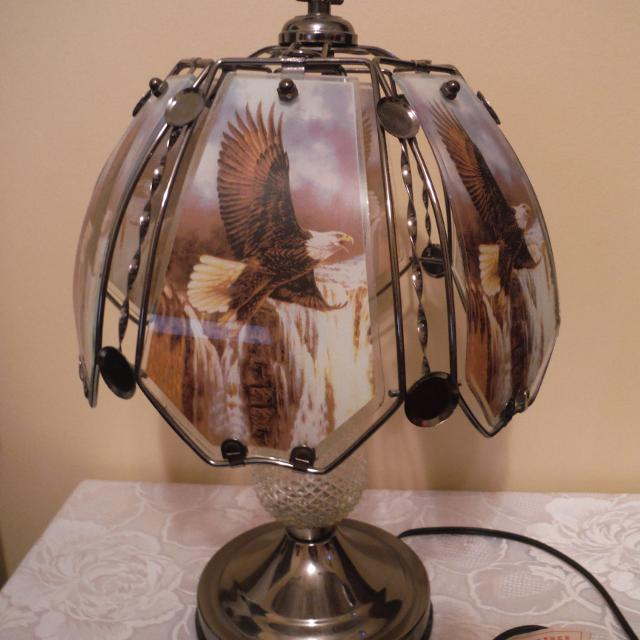 Beautiful Eagle Touch Lamp 8 00
