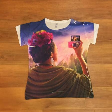 0912ccfd43935 Frida Kahlo Selfie