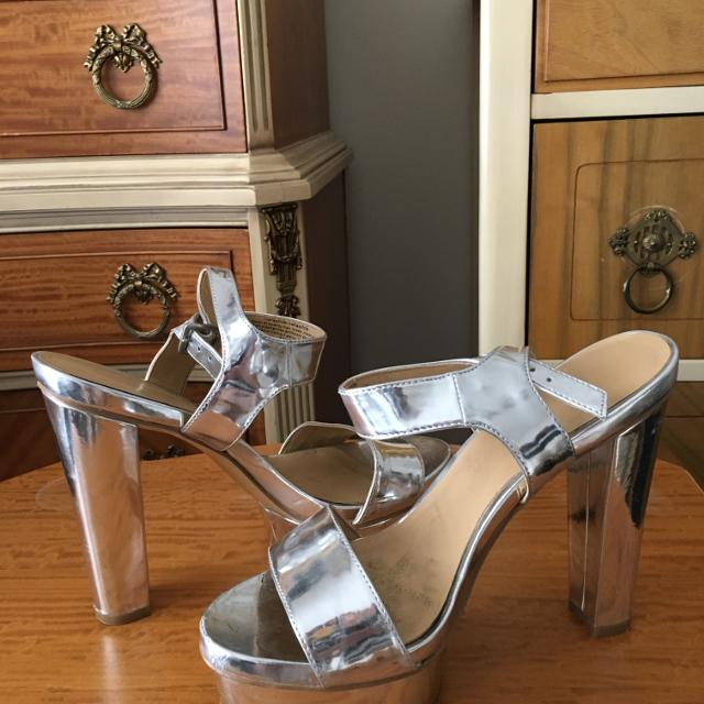 b923e7bf8c1 Best Nine West Silver Ankle Strap Open-toe Platform Sandals (size 6.5) for  sale in Markham
