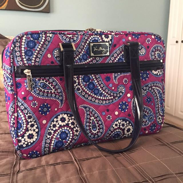 Find more Vera Bradley Companion Attaché Like New - Boysenberry ... 79f1e68dbd41e