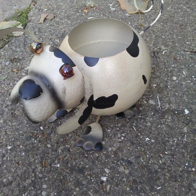 Metal Bobblehead Dog Plant Holder